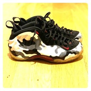 Nike Air Foamposite One Fighter Jets